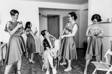 fotograf-craiova-iurasog-momente-emotii-domnisoare-pregatiri-e1554843390661