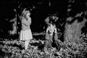 fotograf-craiova-iurasog-momente-emotii-frati-parc-e1554759780289