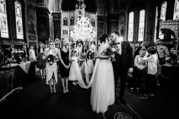 fotograf-craiova-iurasog-momente-emotii-iesire-biserica-e1554845523279