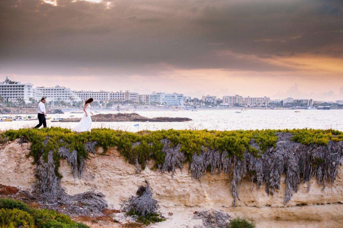 miri alergand pe deal Cipru