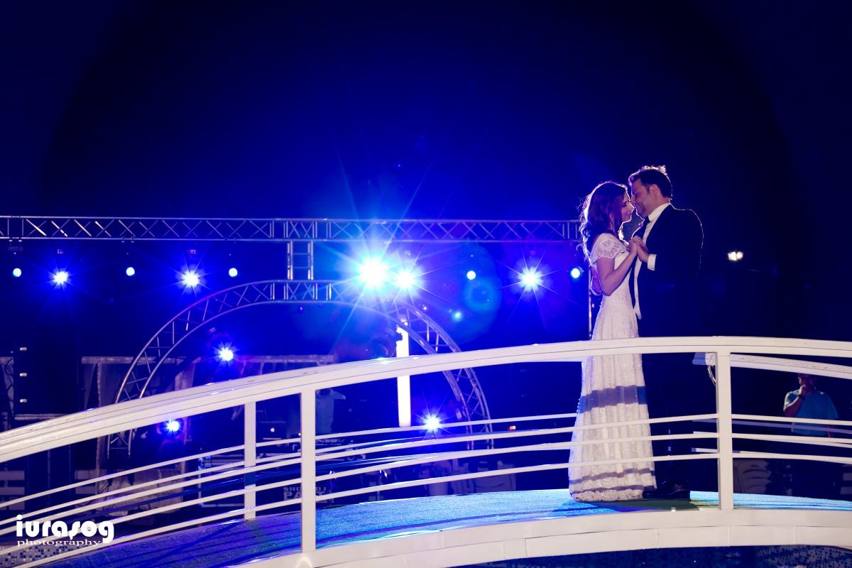 dansul mirilor pe pod