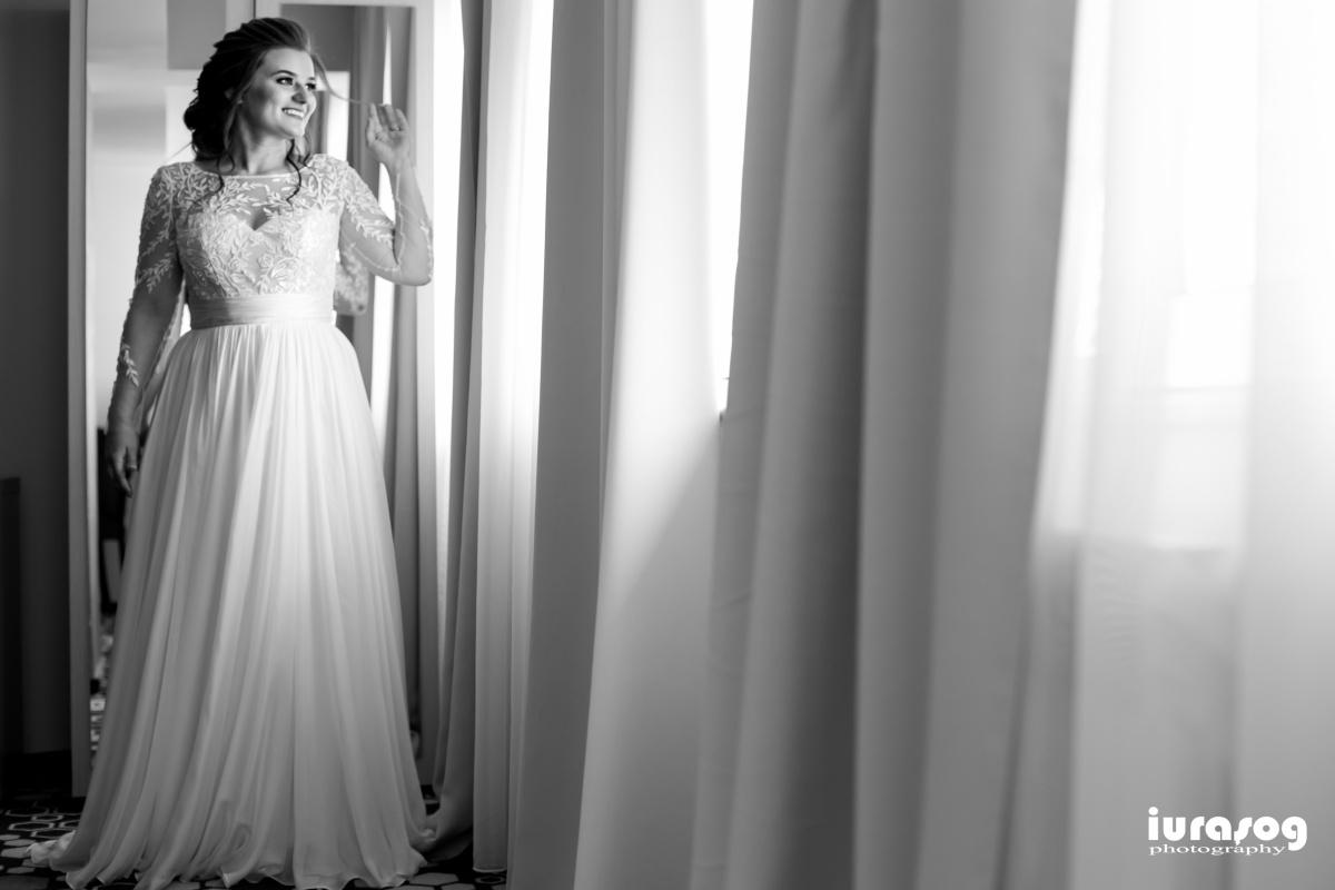 fotografie de nunta Craiova Iulia si Adi portret mireasa