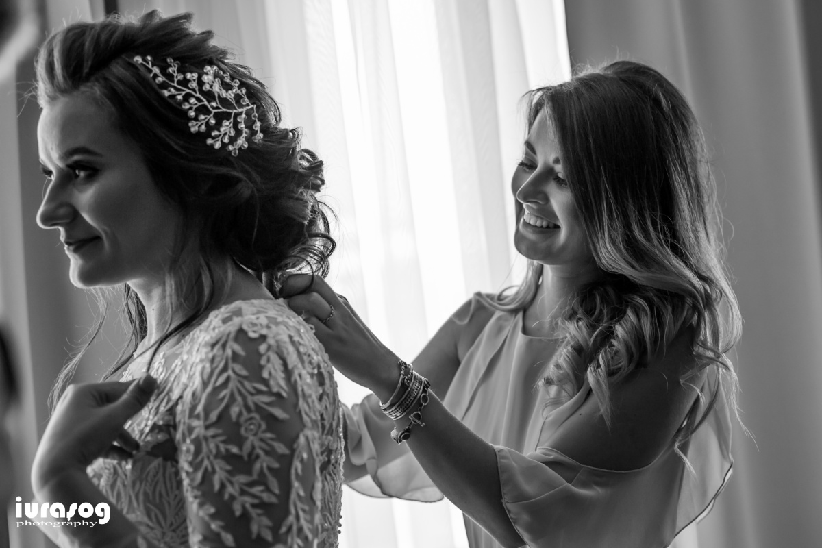 fotografie de nunta craiova Iulia si Adi rochie mireasa