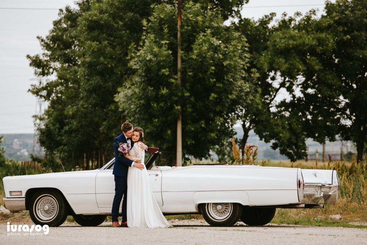 fotografie de nunta Craiova sedinta foto Cadillac alb