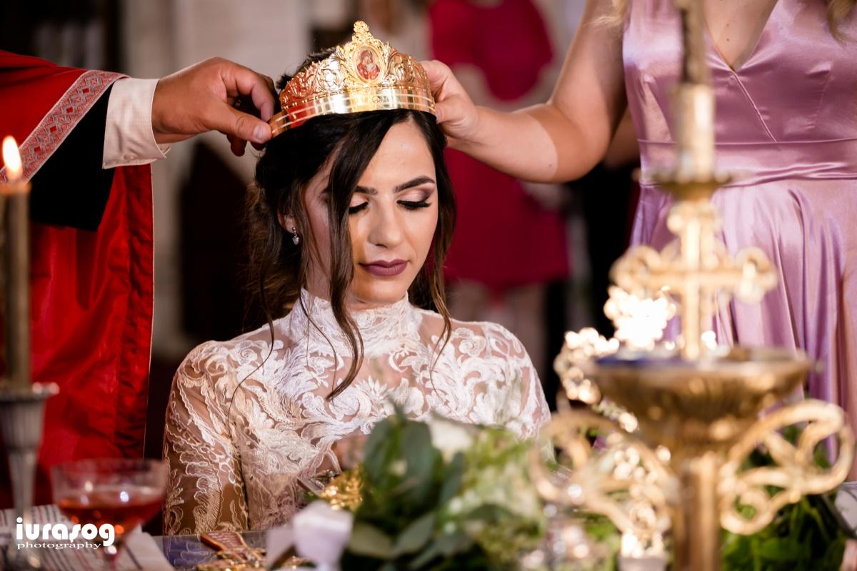 slujba biserica mireasa cu coroana Camil si Irina