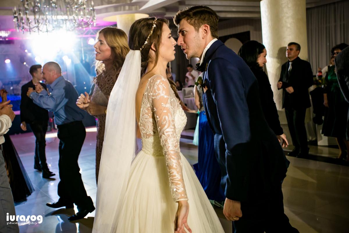 fotograf craiova nunta Irina si Stefan cine danseaza mai bine